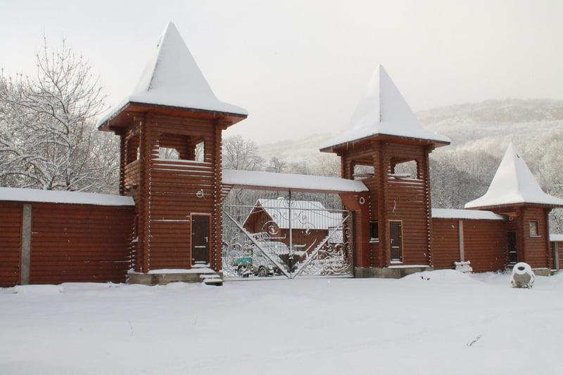 Белая река Даховская туркомплекс - Даховская