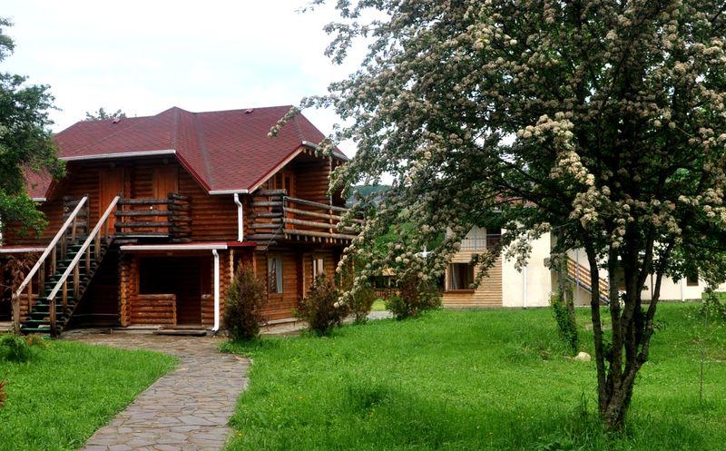 Графская поляна гостиничный комплекс - Даховская