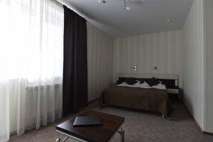 Белая Река: Семейный номер без балкона