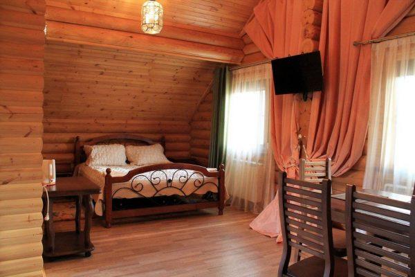 Белая Река Даховская: Студия с балконом — двухместный номер