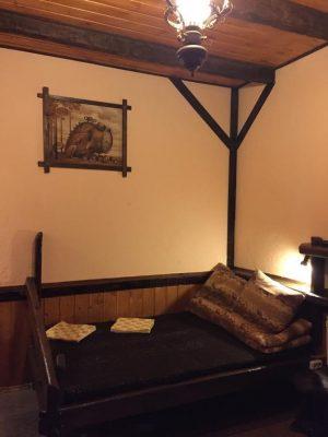 Беловодье: №5 двухместный с двуспальной кроватью