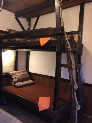 Беловодье: №6 Двухместный с двухъярусной кроватью