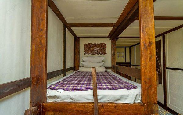 Беловодье: №8 Двухместный с двухъярусной кроватью