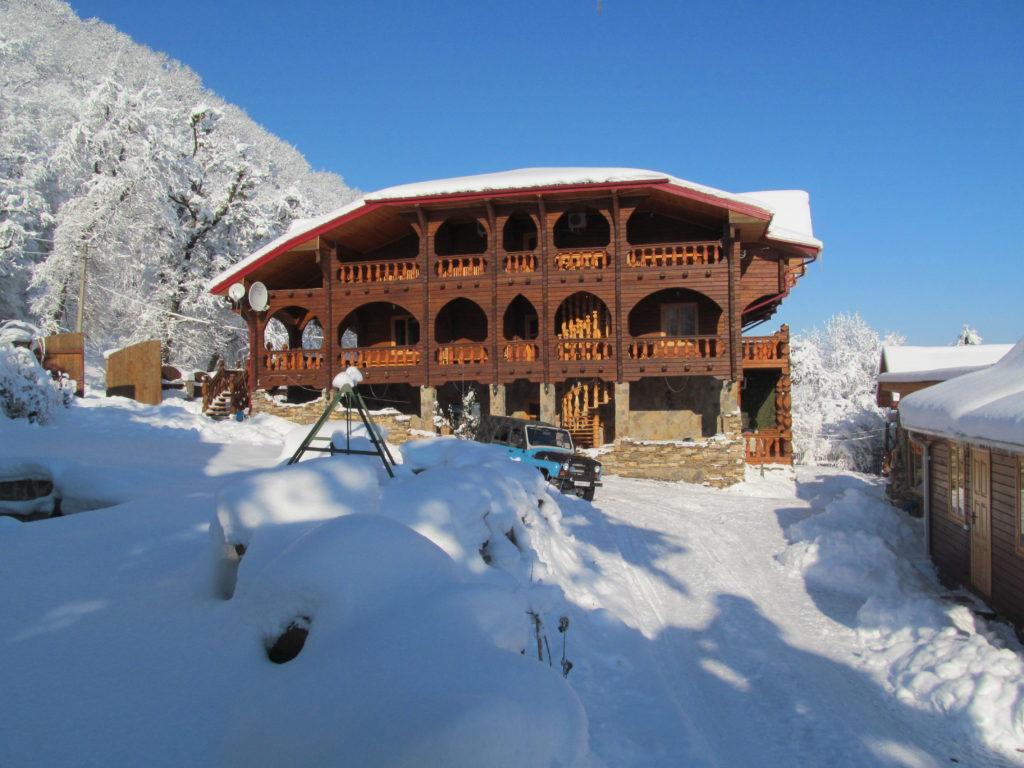 Любава плюс Гостевой дом у горы