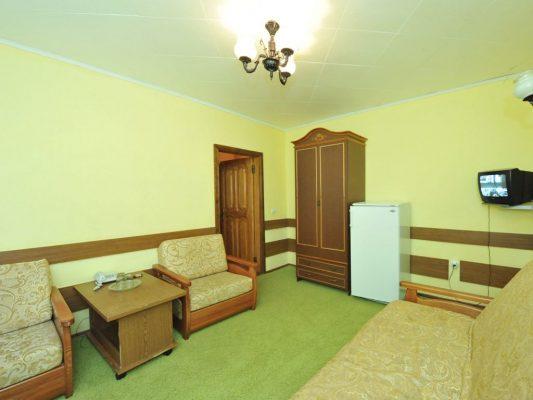 Снежинка: BDR (bedroom) двухкомнатный со спальней, 2-й этаж