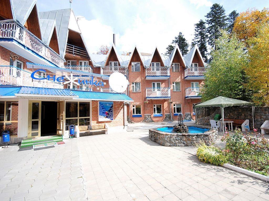 Гостиница Снежинка - Домбай