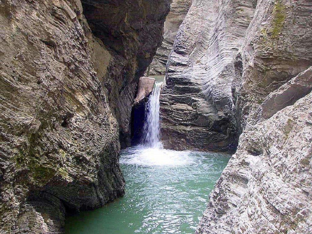 Джиппинг - маршрут Сахрайский водопад